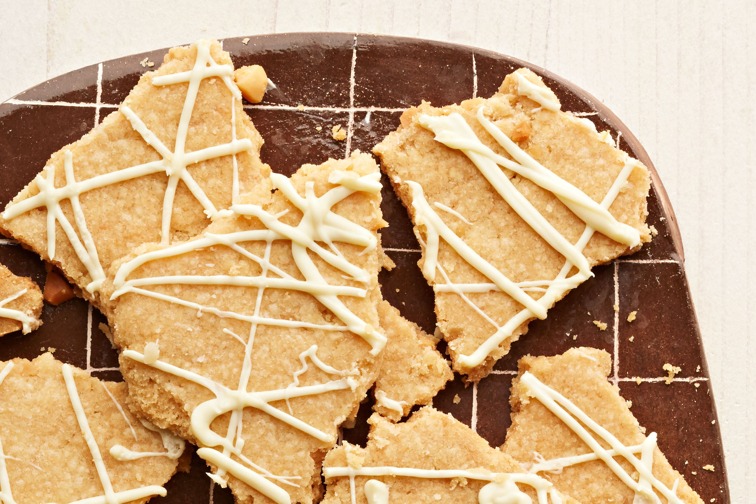 White Chocolate-Macadamia Nut Cookie Brittle