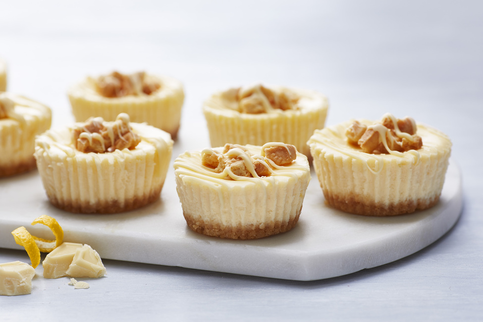 Lemon White Chocolate Mini Cheesecakes Kraft What S Cooking