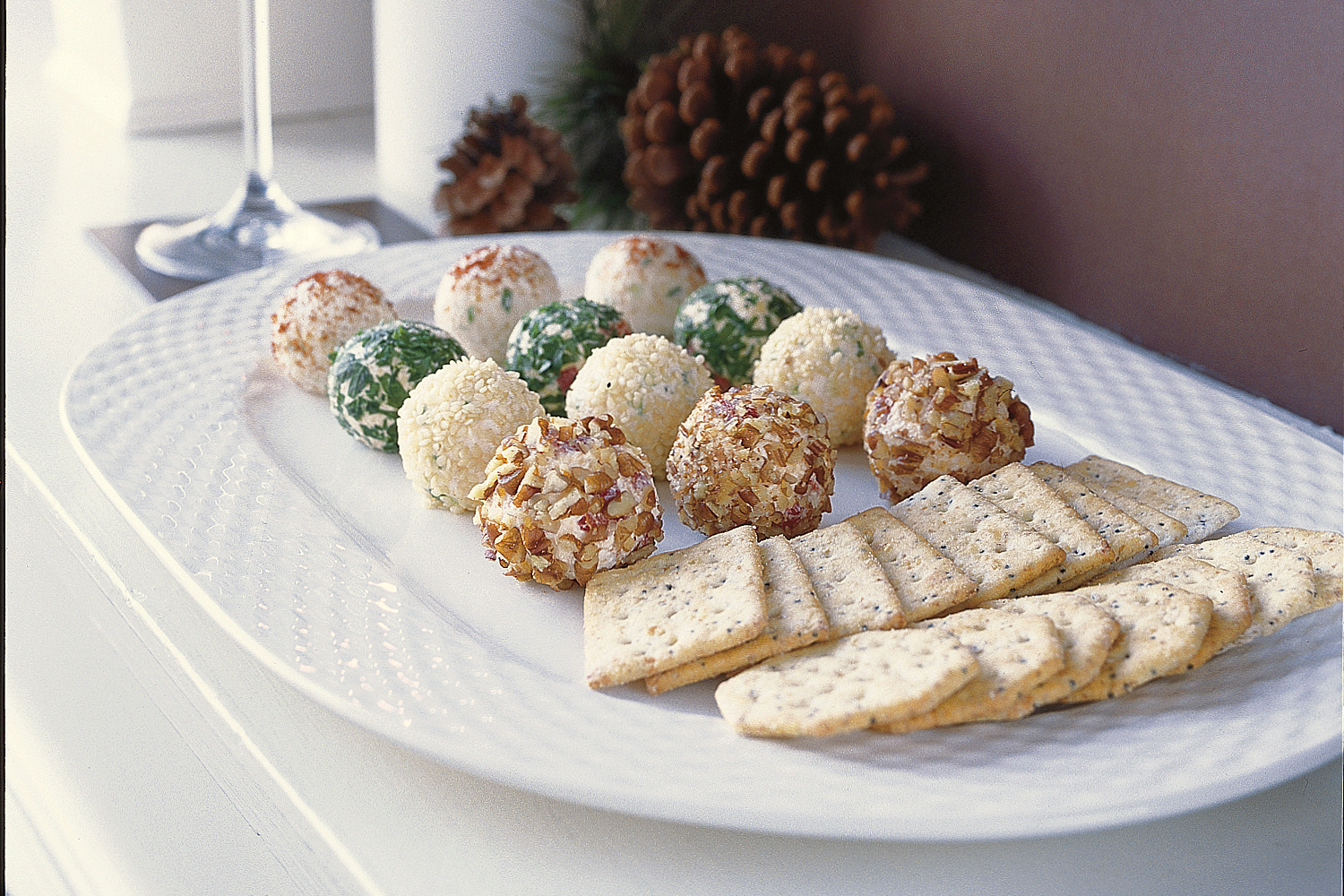 Holiday Cheese Truffles Image 1
