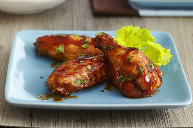 Easy Spicy-BBQ Chicken Wings Image 1