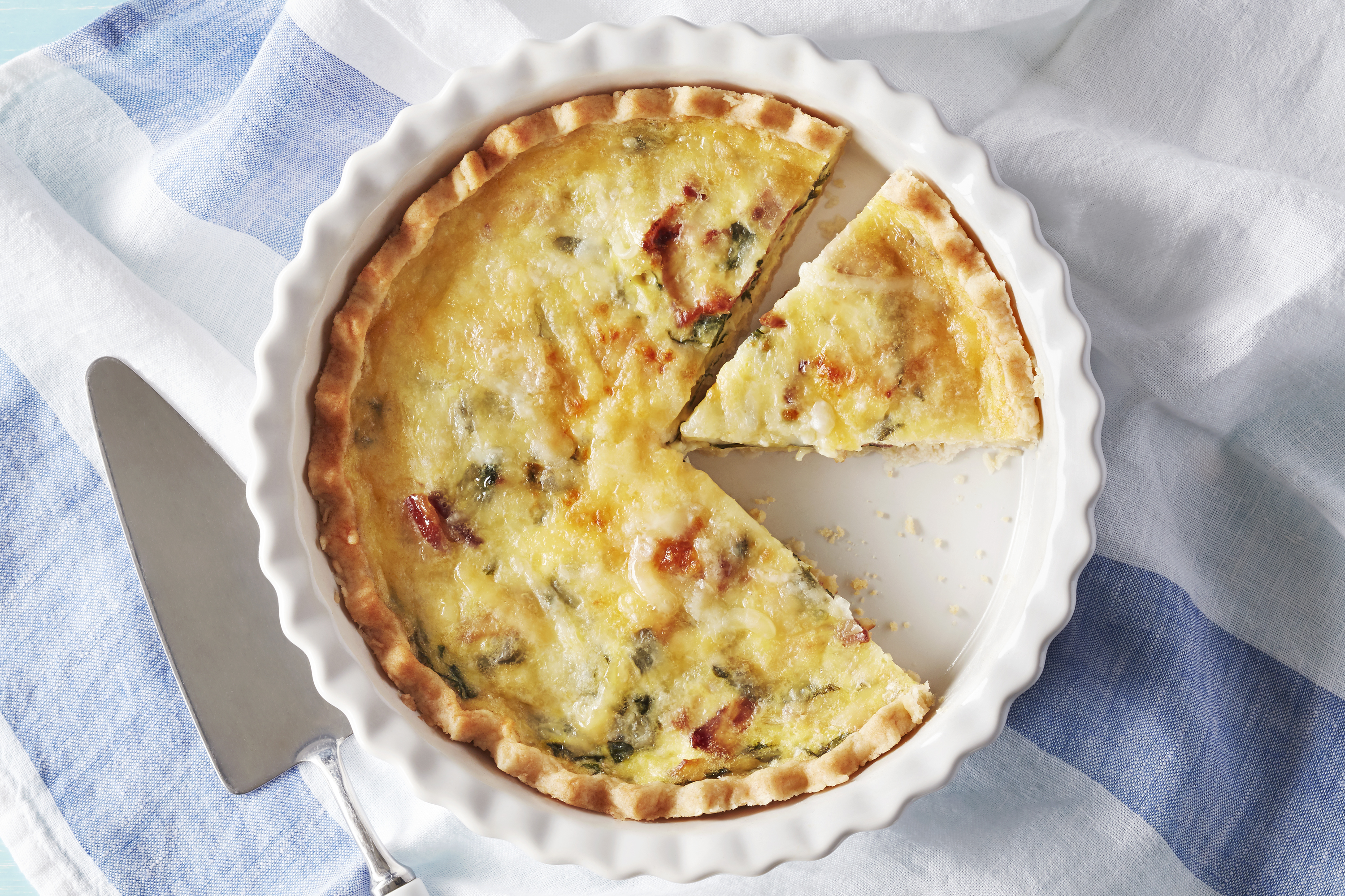 Cheesy Bacon and Spinach Quiche Image 1