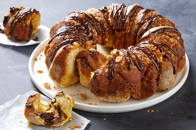 Stuffed Chocolate-Peanut Butter Monkey Bread Image 1