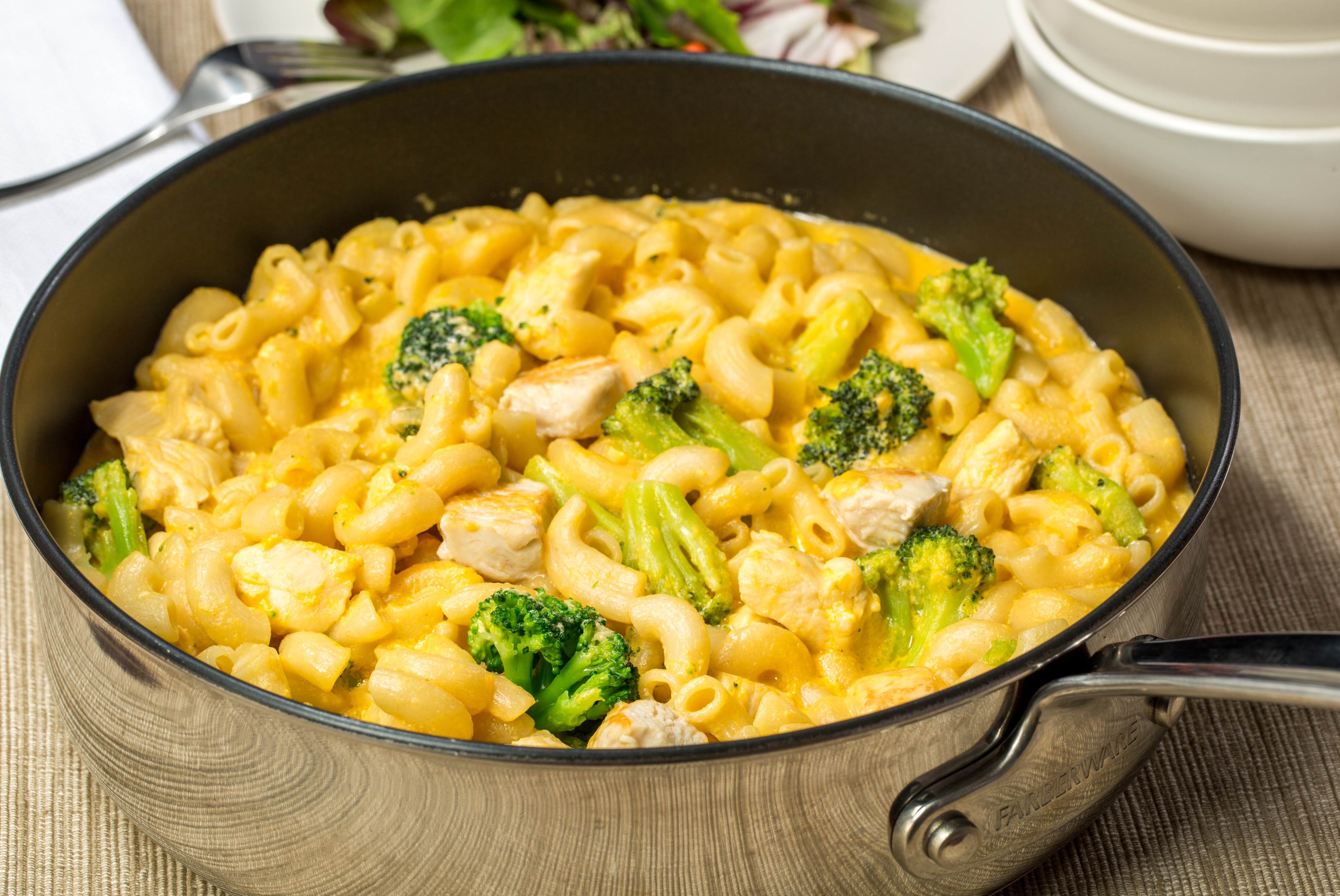 Mac And Cheese With Chicken And Broccoli My Food And Family