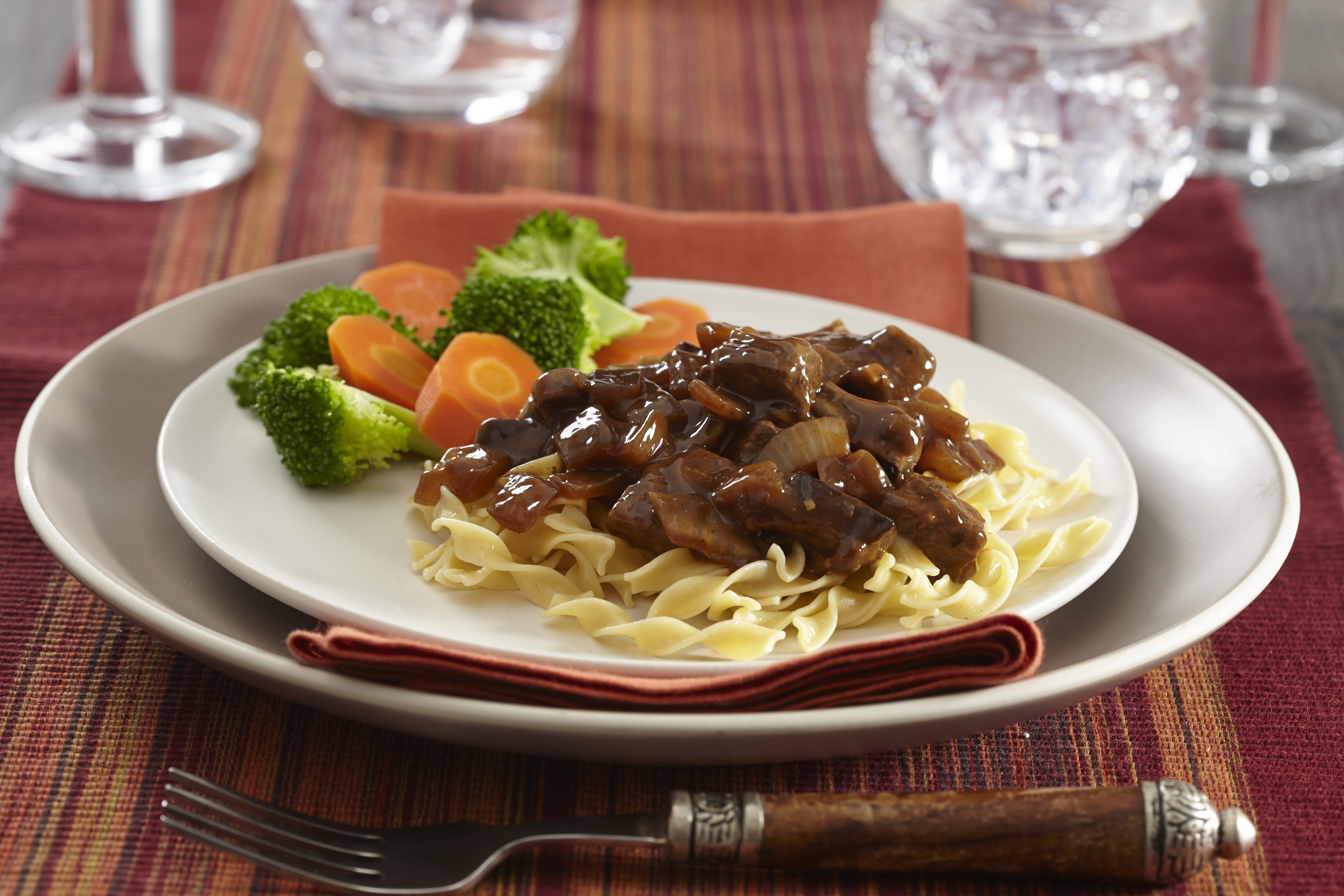 Quality Chef Beef Tips in Brown Sauce, 8 lb. image
