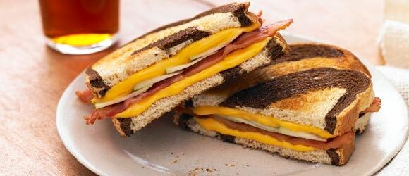 Grilled Apple, Cheddar, and Bacon Sandwiches